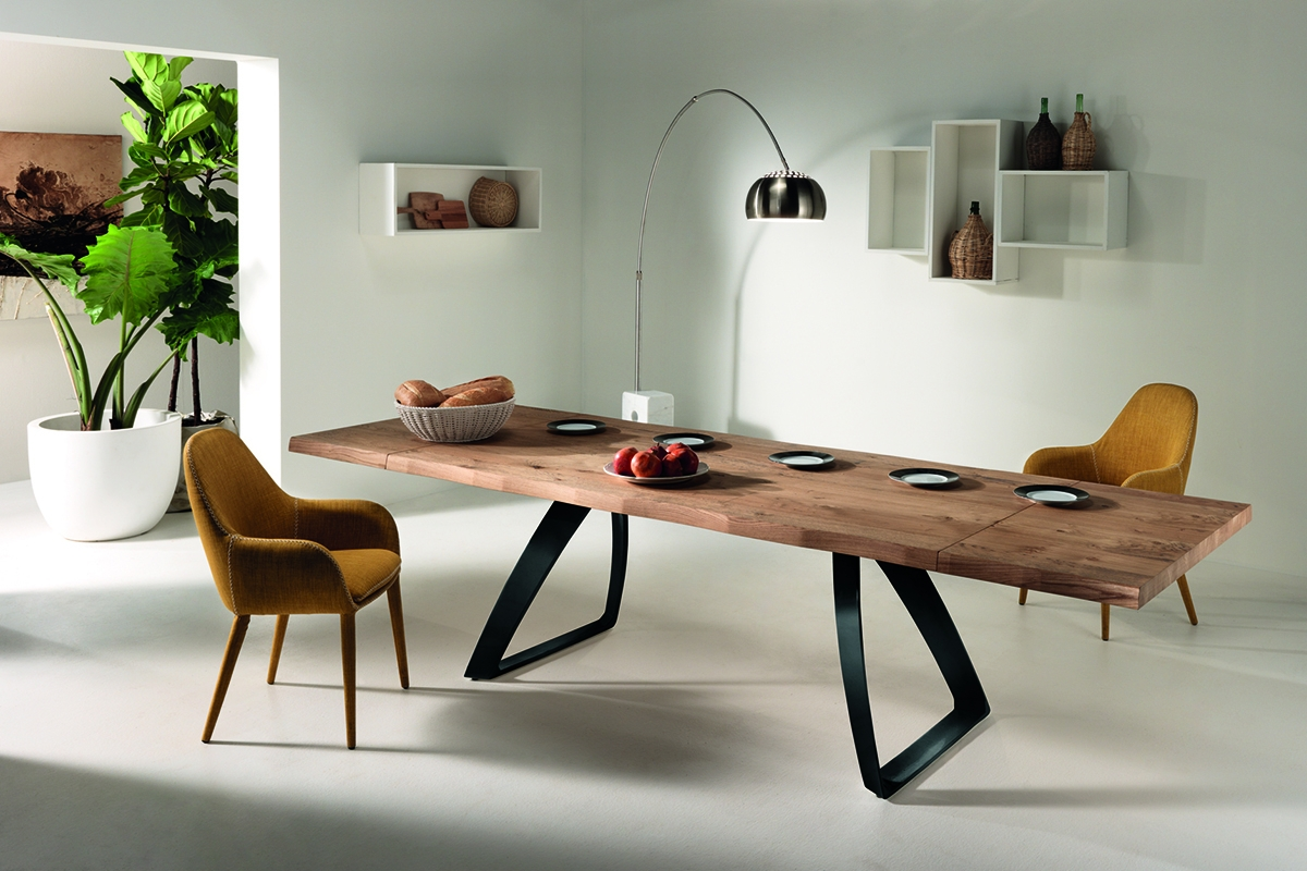 BRIDGE Natural Oak Table with Black Legs-0